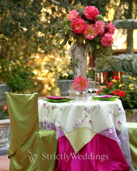 Wedding Reception Rentals on Linen Ideas For Wedding Reception   Strictlyweddings Com Blog