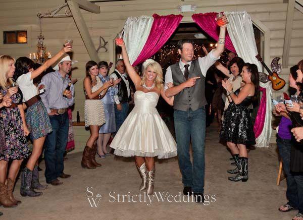 Miranda Lambert & Blake Shelton Wedding | Details of the Glam Deer ...