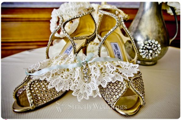 2 Shoe Stunning French Vintage Inspired SoCal Wedding