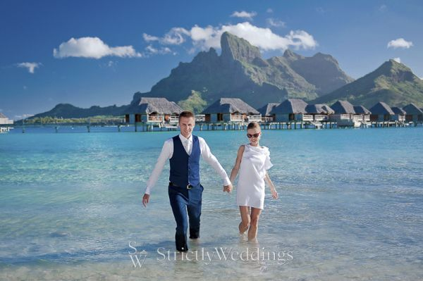 Love in paradise bora bora destination wedding strictly weddings love in paradise bora bora destination wedding junglespirit Choice Image