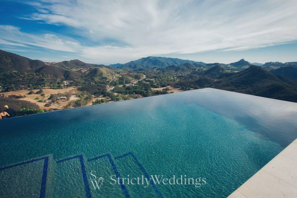Mountain High Love | Malibu Estate Wedding