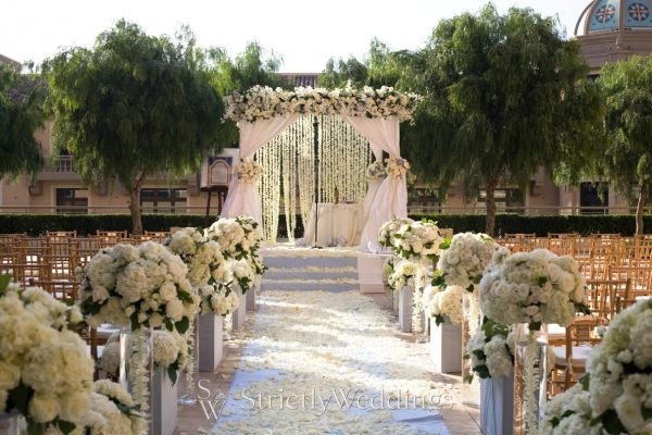 Montage beverly hills california wedding venues for Best intimate wedding venues
