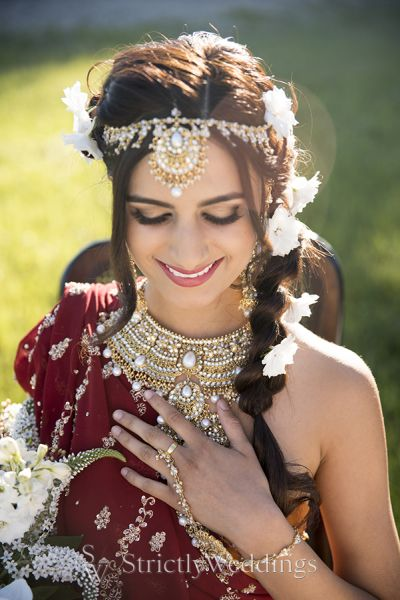 Capture the Color of the Indian Bride