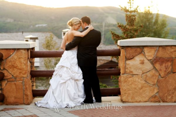 A Rustic Chic Wedding with Lindsey Stirling