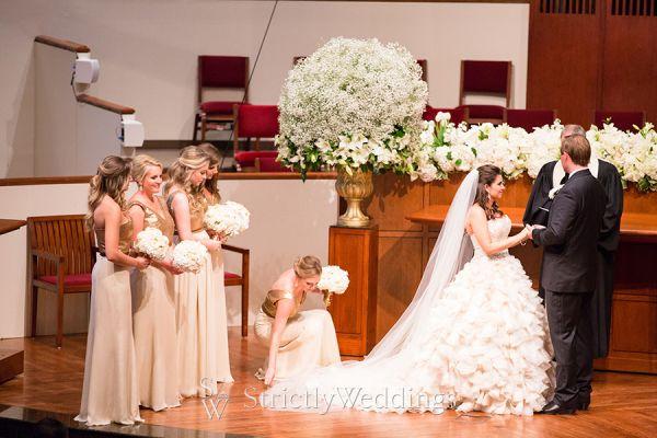 A Custom Designed Wedding In Texas
