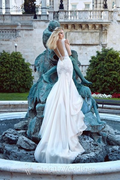 Ivory Tower Collection - Galia Lahav