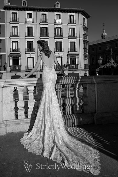 Berta Spring 2016 Collection One of Regal Superiority