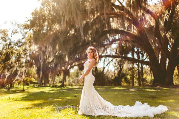 Chic and White Classic Wedding