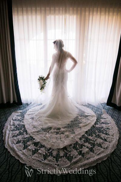 Stylish Black and White Wedding