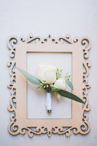 Rustic Glam and Modern White Wedding Details