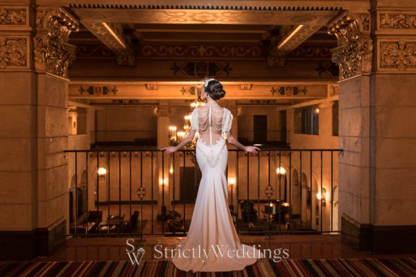 Old Hollywood Glamour at the Roosevelt | Strictly Weddings