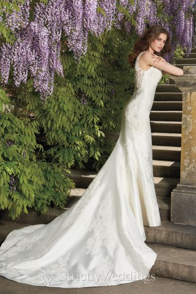 Ethereal Effortless Camille La Vie Bridal Styles