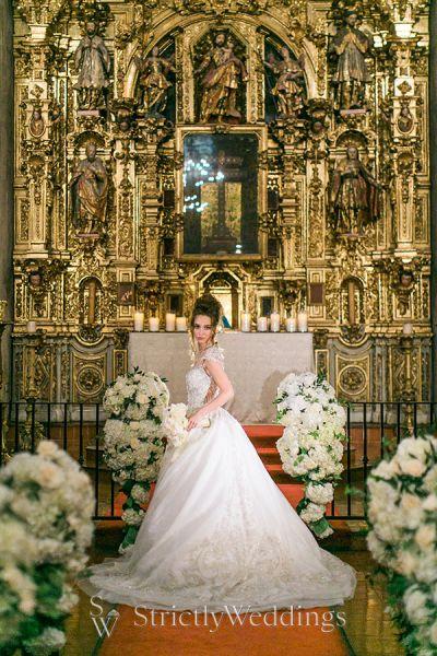 Historically Rich Traditional Chapel Wedding