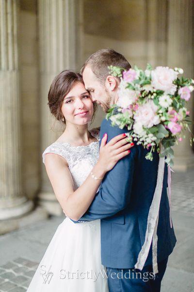 Elegant Parisian Bridal Portraits