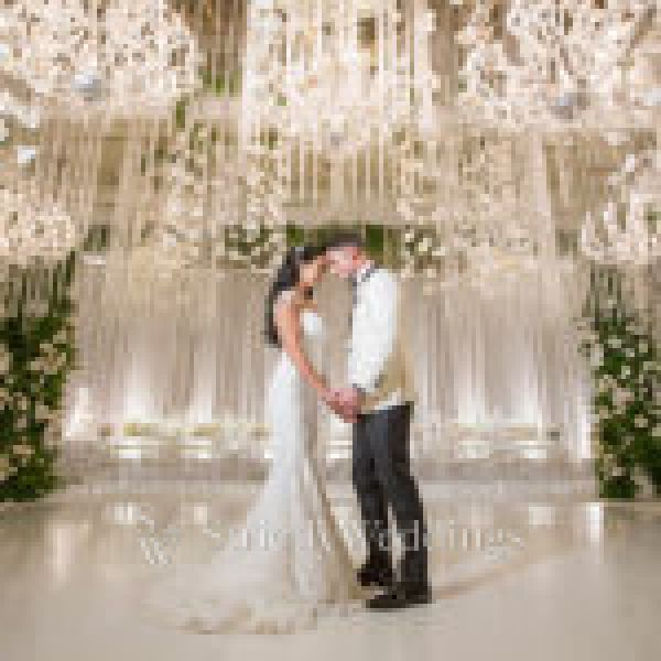 Luxury Southern California All White Wedding   Strictly Weddings
