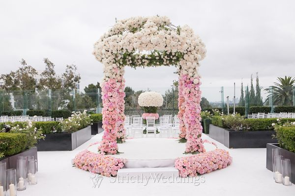 Pink Ombre Hued Luxury Wedding